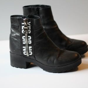 Steve Madden | Leather Blank Ankle Boots